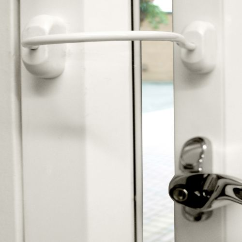 White Fixed Window Restrictor - White Cable